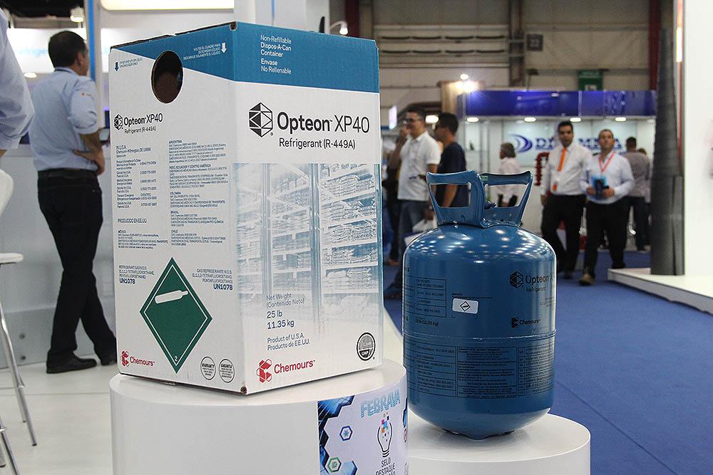 Embalagem e cilindro de fluido refrigerante à base de HFO fabricado pela Chemours